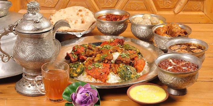 kashmiri-cuisine-food