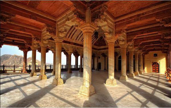 Diwan-i-Aam- amer fort