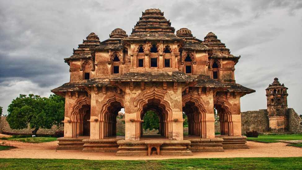 India tour package -hampi india tour