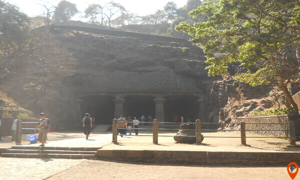World Famous Elephanta Caves Tour with Ride of Toy Train