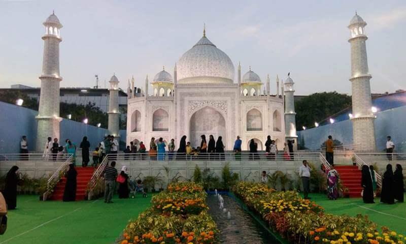 taj-mahal-and-buland-darwaza