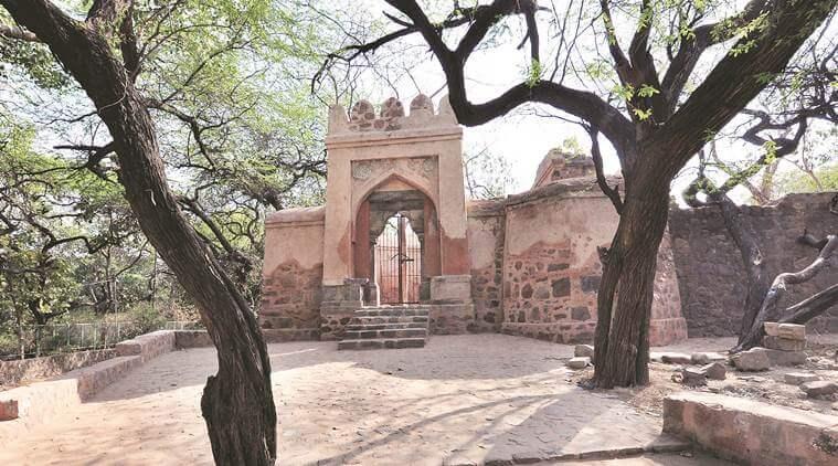 Bhuli Bhatiyari ka Mahal, Jhandewalan