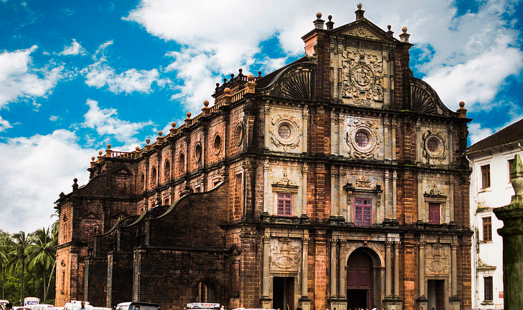 Beautiful Basilica of Bom Jesus in Goa - indiator