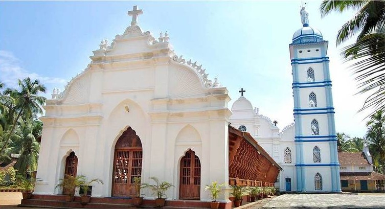 Sacred St. Thomas Church in Guruvayoor - indiator