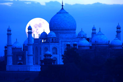 A Never-Before Chance to Absorb the Nocturnal Beauty of Taj