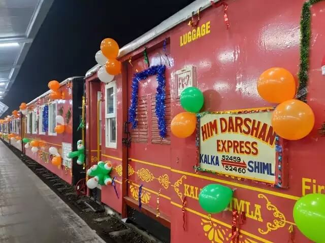 Him Darshan Express